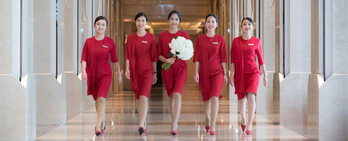 Birthday of an Icon: Kempinski Lady in Red celebrates its 10th anniversary